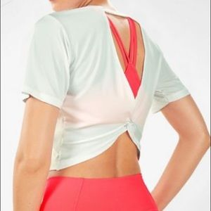"""Maya Powertouch Light Twist"" Crop Top"